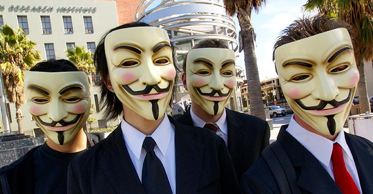 Bei anonymen Drohbriefen halten die Absender ihre Identität versteckt