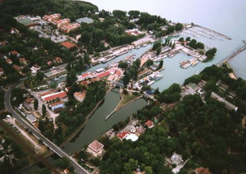 Schleuse und Sió-Kanal*
